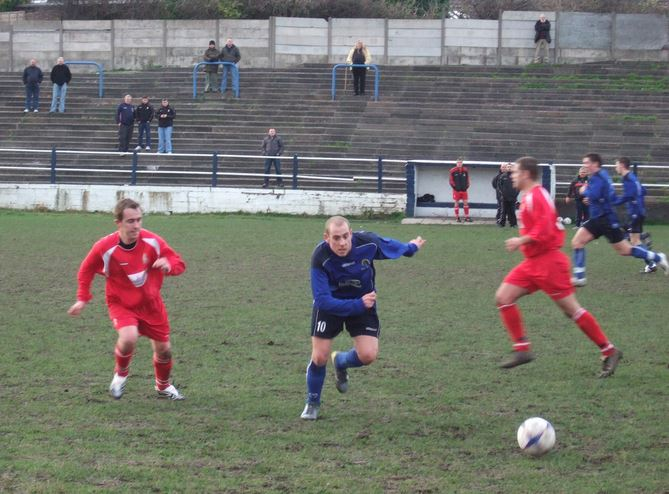 26th Jan 2008 Gornal Athletic 2 Ledbury Town 1 Pic 11